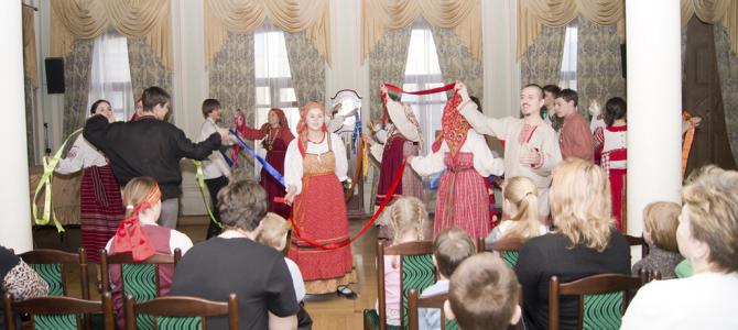 Отпраздновали масленицу с детишками в КЦСО Тверском